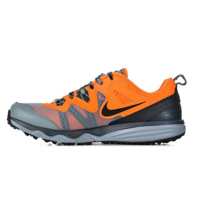 Sepatu Nike Dual Fusion 9