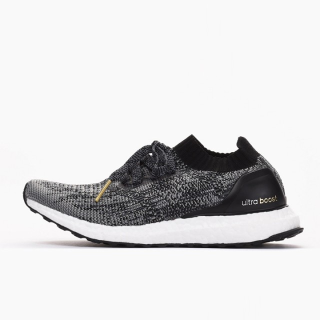 9fd20cd8da9 Jual Sepatu Lari Adidas Ultra Boost Uncaged Black Original ...