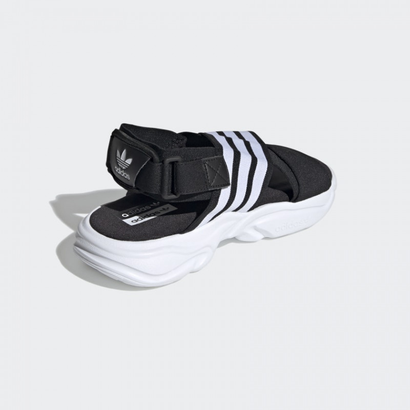 Sandal sneakers adidas Wmns Magmur Sandals