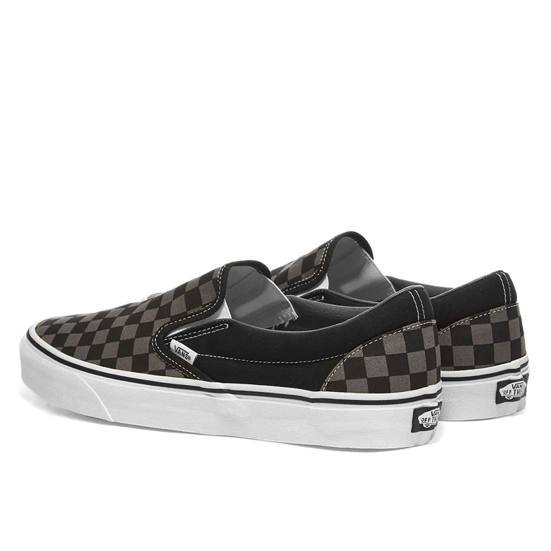 Sepatu sneakers Vans Ua Classic Slip-On Checkerboard